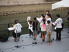 子供たちの合唱